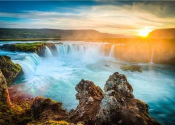 Around Iceland Complete Circle in 12 Days Self-Drive Tour